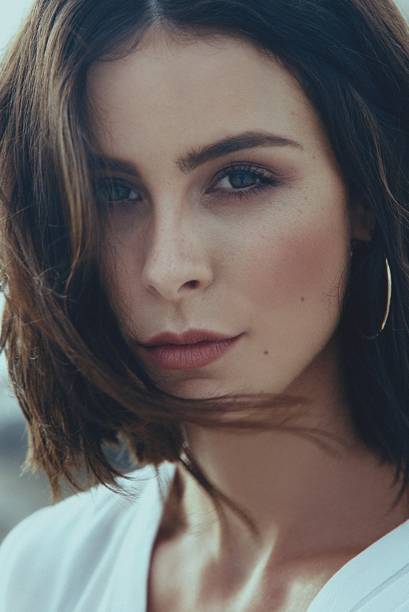 Lena Meyer Landrut by Pascal Bünning represented by stoever artists